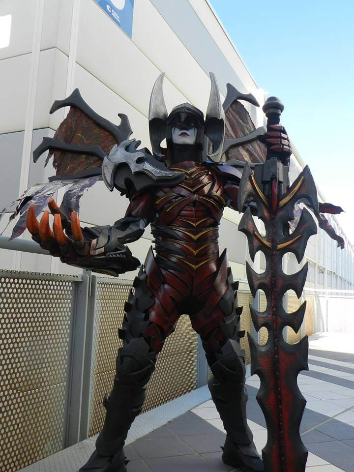 Aatrox Cosplay by Prizmatec