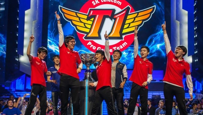skt t1 win the first lol worlds championship 2013