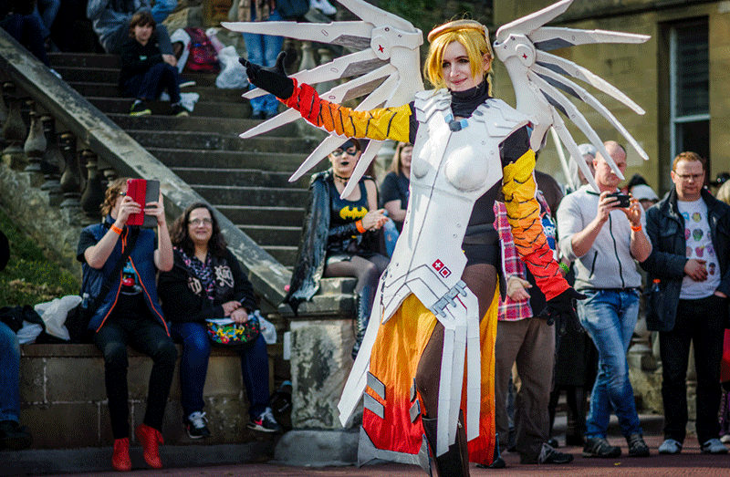 a noob perspective: mercy cosplaying