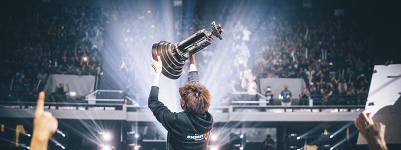 Starcraft WCS Champion