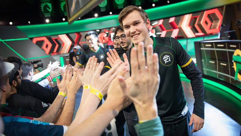 flyquest-team-na-lcs-week-7