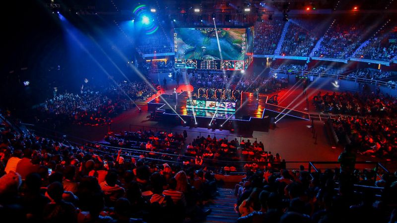 Esports business, focus on niche